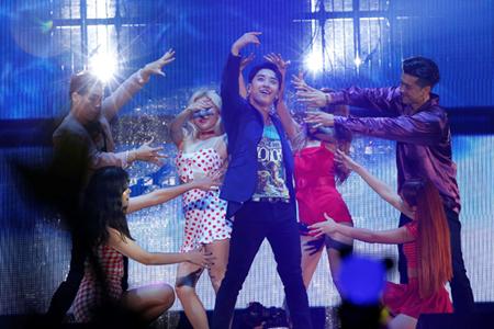 「BIGBANG」V.I 、自身初のソロツアーが幕張メッセにて開幕! 2日間で3万人のファンを魅了(オフィシャル)