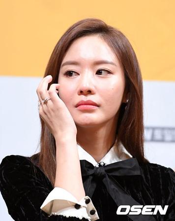 """韓国女優キム・アジュンが、思いがけない""""死亡説""""騒動に巻き込まれ、関心が集中した。(提供:OSEN)"""