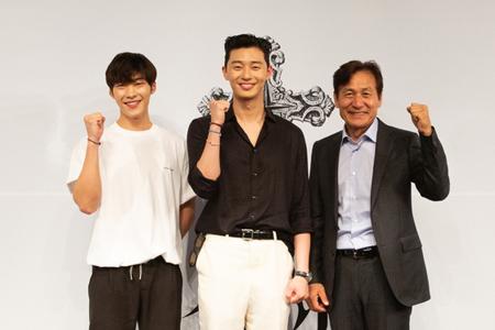 韓国映画「四子 THE DIVINE FURY」が、俳優パク・ソジュン、アン・ソンギ、ウ・ドファンらのキャスティングを終えてクランクインを迎えた。(提供:news1)