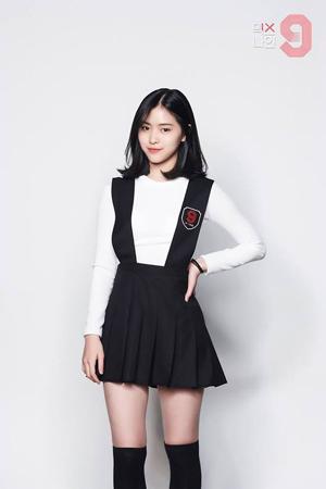 """韓国JYPの""""期待の星""""シン・リュジン(17)が、新たに結成されるガールズグループの主要メンバーになることが発表され、期待が高まっている。(提供:OSEN)"""