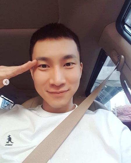 きょう(21日)入隊「BTOB」ソ・ウングァン、ファンへ直筆の手紙でメッセージ&短髪姿公開(提供:OSEN)