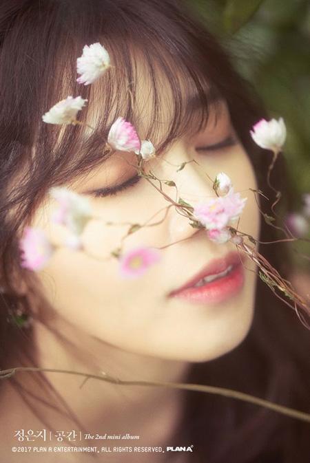 「Apink」チョン・ウンジ、10月ソロアルバムで1年4か月ぶりのカムバック(提供:OSEN)