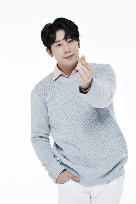 フン(U-KISS)、ウェブドラマ「朝鮮からWhat's wrong」出演へ(提供:OSEN)