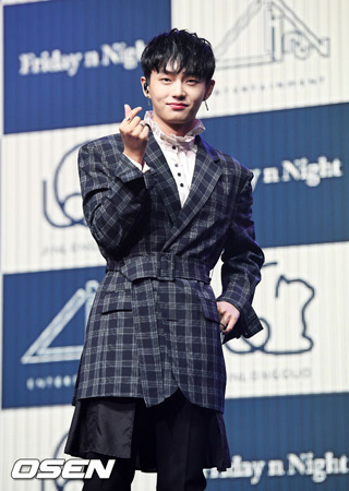 「JBJ」出身キム・ヨングク、ショーケース開催…ソロ歌手としての第1歩