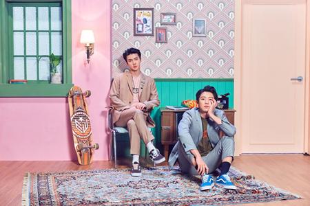 【公式】「EXO」CHANYEOL & SEHUN、14日デュエット曲「We Young」発表へ(提供:OSEN)