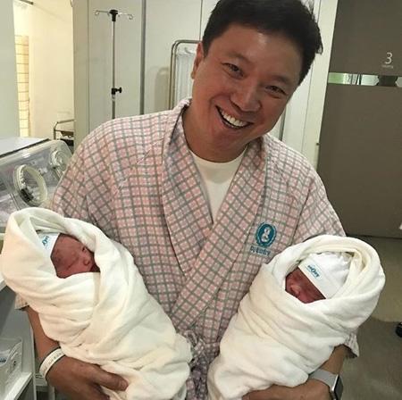 ミュージカル俳優チョン・ソンファに第2・3子となる双子が誕生「美しく育てます」(提供:news1)