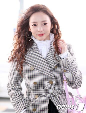 韓国ガールズグループ「KARA」のク・ハラ(27)が、18日に警察に出頭する。(提供:news1)