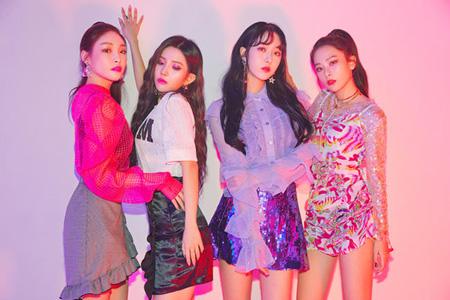 スルギ(Red Velvet)Xシンビ(GFRIEND)XチョンハXソヨン((G)I-DLE)、28日に新曲発表(提供:OSEN)