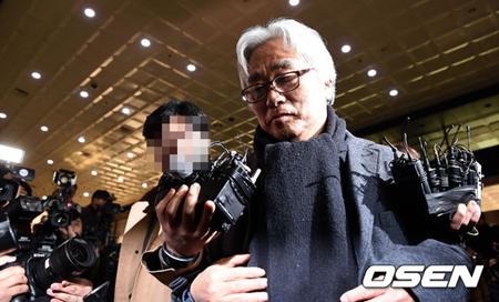 """常習的な性暴行イ・ユンテク(演出家)に懲役6年=""""Me Too""""加害者として韓国で初の実刑判決"""