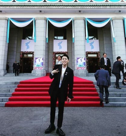 韓国歌手ジコ(Block B)が、北朝鮮・平壌(ピョンヤン)で撮った写真を公開した。(提供:news1)