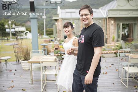 女性お笑い芸人キム・ヘソン、2年交際のドイツ人と11月3日に結婚(提供:news1)