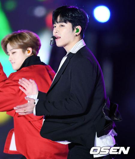 韓国アイドルグループ「iKON」JU-NE(ジュネ)が直接SNS騒動を謝罪した。(提供:OSEN)