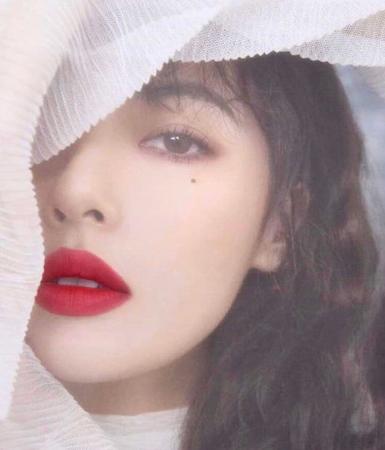 歌手ヒョナ、恋人イドンとの事務所退社騒動から12日…SNSで近況公開(提供:OSEN)