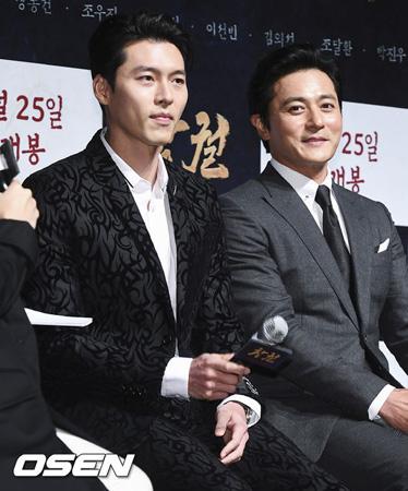 """映画「猖獗」チャン・ドンゴン、""""親友""""ヒョンビンとの初共演に「楽しかった」"""
