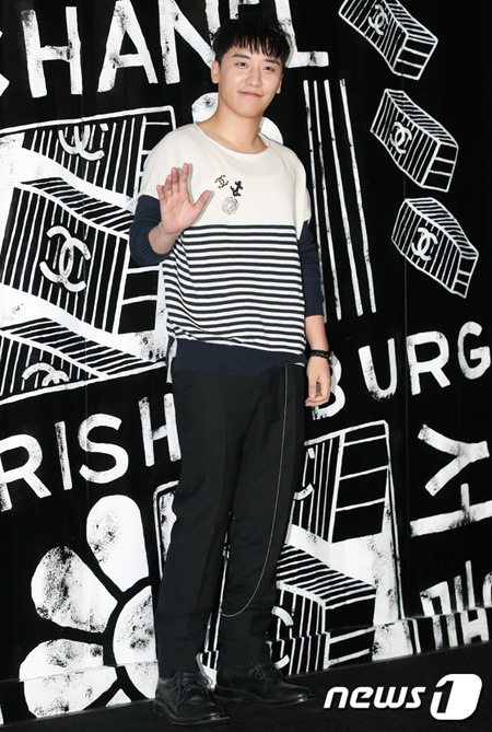 「BIGBANG」V.I、Netflixシットコム「YG戦資」の制作発表会で入隊について言及…「来年初めに入隊予定」(提供:news1)