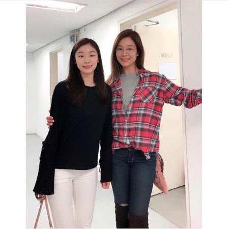 """歌手オク・チュヒョン、""""フィギュアクイーン""""キム・ヨナとの2ショット写真を公開(提供:news1)"""
