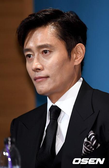 俳優イ・ビョンホン、「2018 Asia Artist Awards」出席を確定