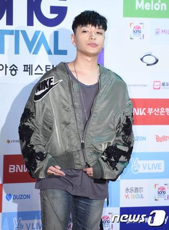 韓国ラッパーのSimon Dが、SNSでの暴言騒動について謝罪した。(提供:news1)