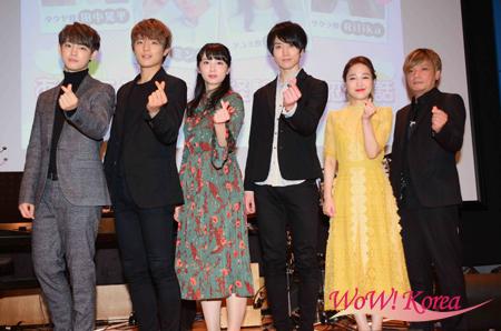 左からカラム、ミンス、須藤茉麻、田中晃平、Rilika、中野智行(PaniCrew)