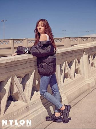 女優キム・ソヒョン(19)が女神のような魅力を放った。(写真提供:OSEN)