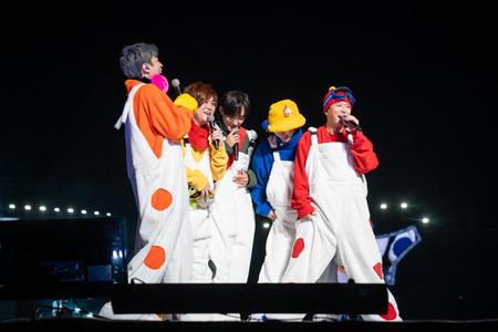 「H.O.T.」、17年ぶりの単独公演大盛況…メンバーも感激「今後も頻繁に集まれれば」(提供:news1)