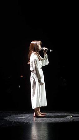 歌手キム・ナヨン、「BTS」と共に「韓仏友情のコンサート」出演で話題…文大統領も観賞(提供:OSEN)