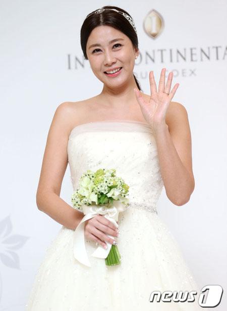 女優ヤン・ジョンア、3歳年下夫と昨年離婚(画像:news1)