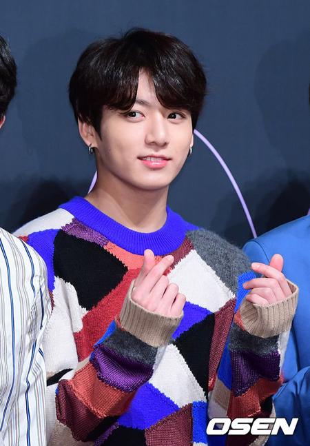 韓国アイドルグループ「防弾少年団(BTS)」JUNG KOOK(ジョングク)が「10代らが選んだ秋に最も似合う声色を持つアイドルメンバー」1位に選ばれた。(提供:OSEN)