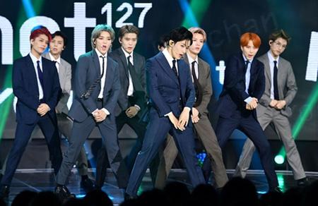 韓国アイドルグループ「NCT 127」が「THE SHOW」カムバック同時に1位を獲得した。(提供:OSEN)