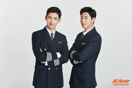 チェジュ航空、「東方神起」とのモデル契約延長(オフィシャル)