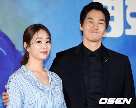 俳優ユ・ジテ-キム・ヒョジン夫妻、第2子妊娠を発表