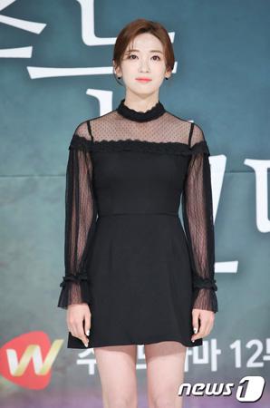 「時間が止まるその時」アン・ジヒョン、初主演に「眠れないほどプレッシャー…懸命に撮影」