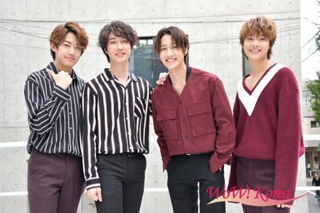 「IZ」左からジュンヨン、ジフ、ヒョンジュン、ウス