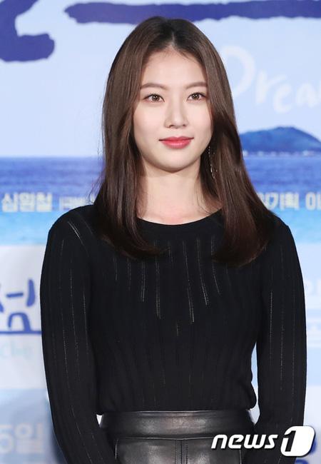 韓国女優コン・スンヨンが妹でガールズグループ「TWICE」メンバーのジョンヨンと「My Dream Class」OST(オリジナル・サウンドトラック)を歌った事実を明らかにした。(提供:news1)