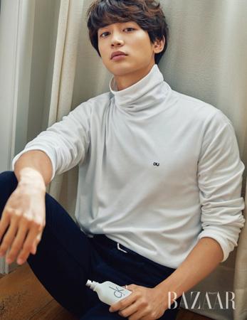 韓国ボーイズグループ「SHINee」ミンホの新しいグラビアが公開された。(写真提供:OSEN)
