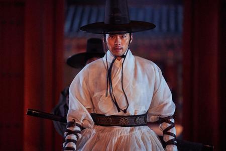 """韓国俳優ヒョンビンが、映画「猖獗(チャングォル)」で""""アクションの匠""""ぶりを見せた。(提供:OSEN)"""