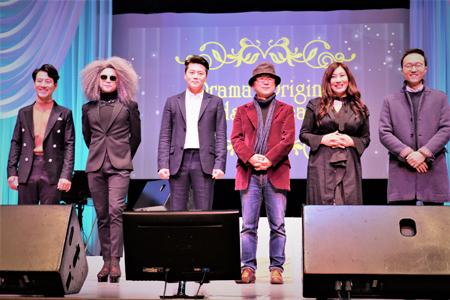 左からキム・ナムホ、イ・ヒムン、Ryu、ユン・ソクホ監督、チョ・ドンヒ、「冬のソナタ」音楽監督イ・ジス