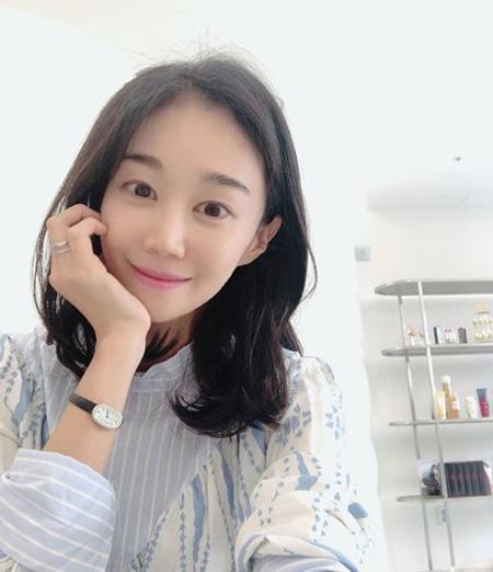 """""""美女パティシエ""""としてテレビ出演のユ・ミンジュ、結婚を発表(画像:news1)"""