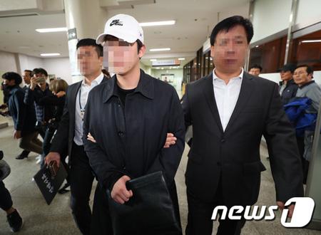 韓国検察が歌手ク・ハラ(27、元KARA)関連の事件を締めくくり、ク・ハラの元恋人チェ某氏(27)を起訴意見で検察に送致する予定だ。(提供:news1)