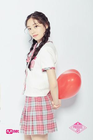 Mnetのアイドル育成番組「PRODUCE 48」に出演していた練習生キム・ドアが、11月にデビューすることが決定した。(写真提供:OSEN)