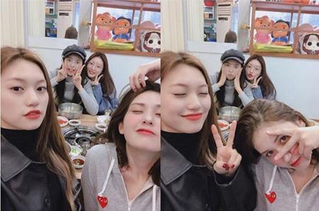 韓国プロジェクトガールズグループ「I.O.I」として活動したメンバーたちが、今も変わらぬ友情を見せて話題を呼んでいる。(写真提供:OSEN)