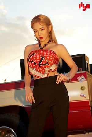 韓国ガールズグループ「少女時代」メンバーのヒョヨンが、DJ HYOという活動名でソロアーティストとして新曲を発表する。(写真提供:OSEN)