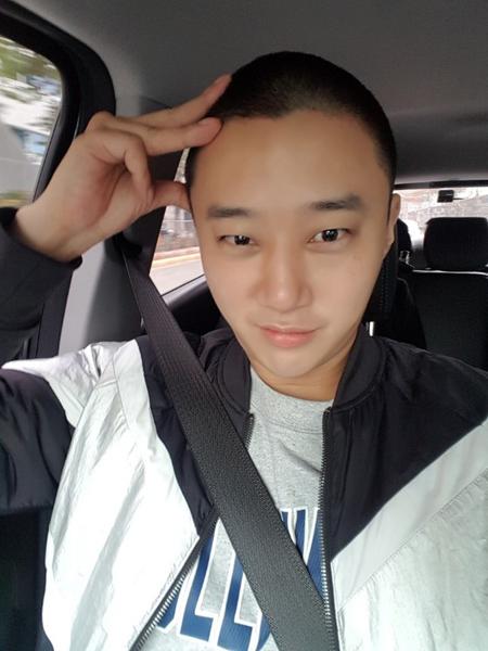 【公式】俳優ハン・ジェソク、きょう(12日)入隊「遅い軍服務、最善を尽くす」(提供:news1)