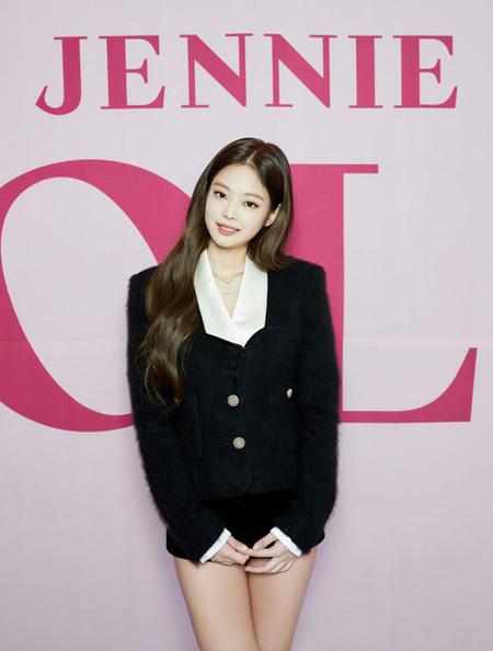 """""""ソロデビュー""""JENNIE(BLACKPINK)、「""""女性GD""""…とてもありがたい言葉」(提供:OSEN)"""
