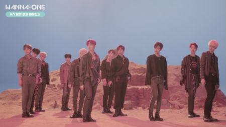 カムバックを明日に控えた最高のボーイズグループ「Wanna One」が史上最大級のミュージックビデオを予告した。(提供:OSEN)