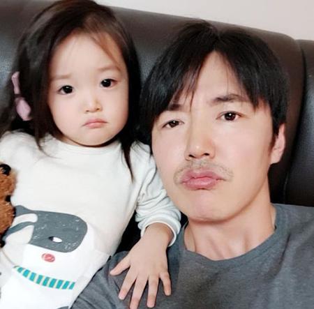 """韓国俳優ユン・サンヒョンが、""""親バカ""""な一面を見せた。(提供:OSEN)"""