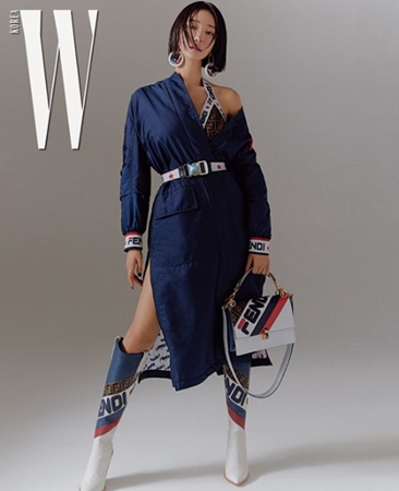 マガジン「W KOREA」11月号が、韓国女優コ・ジュンヒのグラビアを公開した。(写真提供:OSEN)