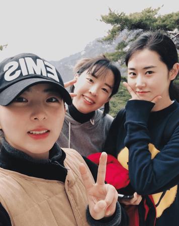 韓国ガールズグループ「4Minute」として共に活動したクォン・ソヒョン、チョン・ジユン、ホ・ガユンが集合した。(写真提供:OSEN)