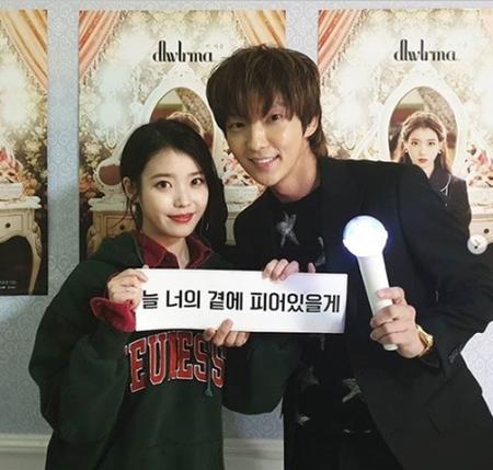 韓国俳優イ・ジュンギが、親友で歌手のIU(アイユー)のコンサートを観覧した感想を伝えた。(写真提供:OSEN)