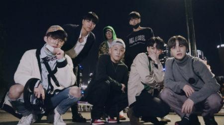 「iKON」がメルボルン公演でのメイキングフィルムを公開した。(提供:OSEN)